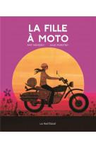 La fille a moto